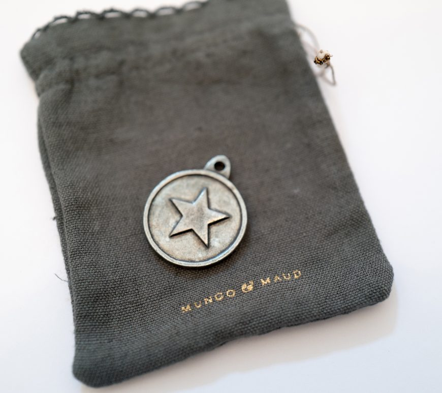 Mungo & Maud dog tag