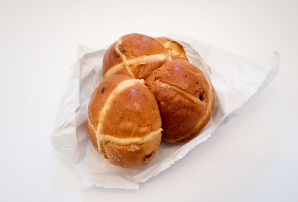 Melrose & Morgan - Hot cross buns